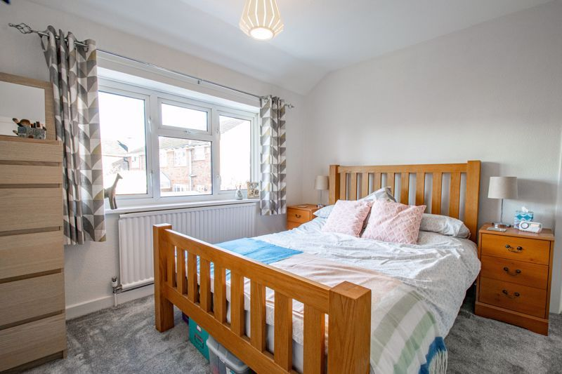 3 bed house for sale in Littleheath Lane  - Property Image 10