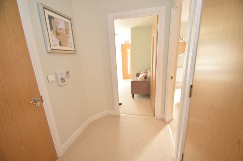 1 bed  to rent in Clive Road  - Property Image 7