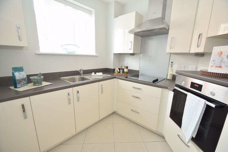 1 bed  to rent in Clive Road 8
