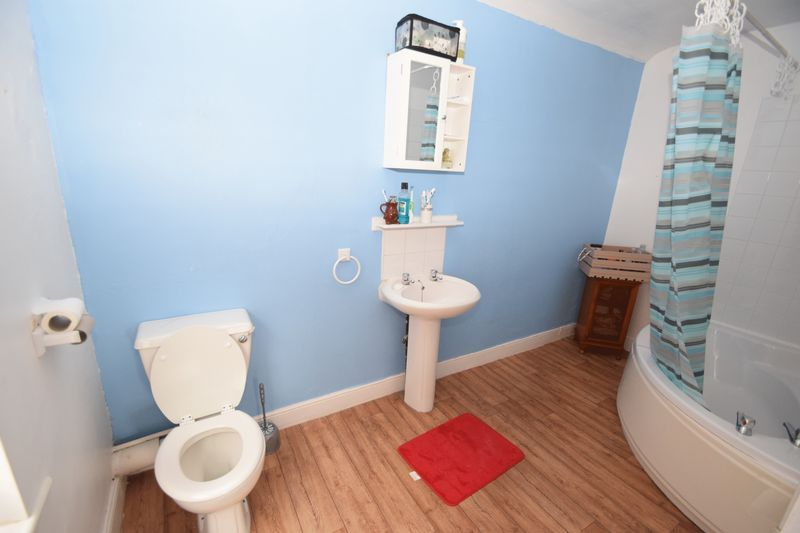 3 bed house for sale in Mount Pleasant  - Property Image 13