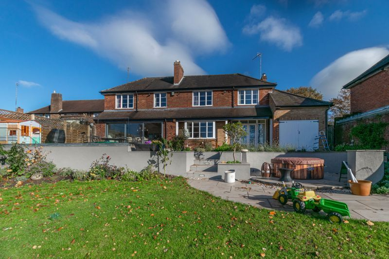 5 bed house for sale in Redditch Road 17