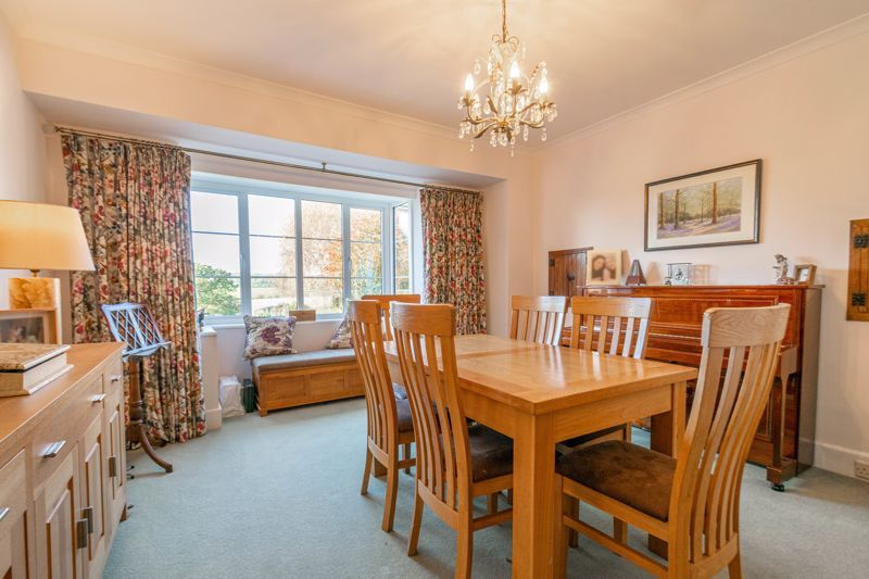 5 bed house for sale in Redditch Road 7