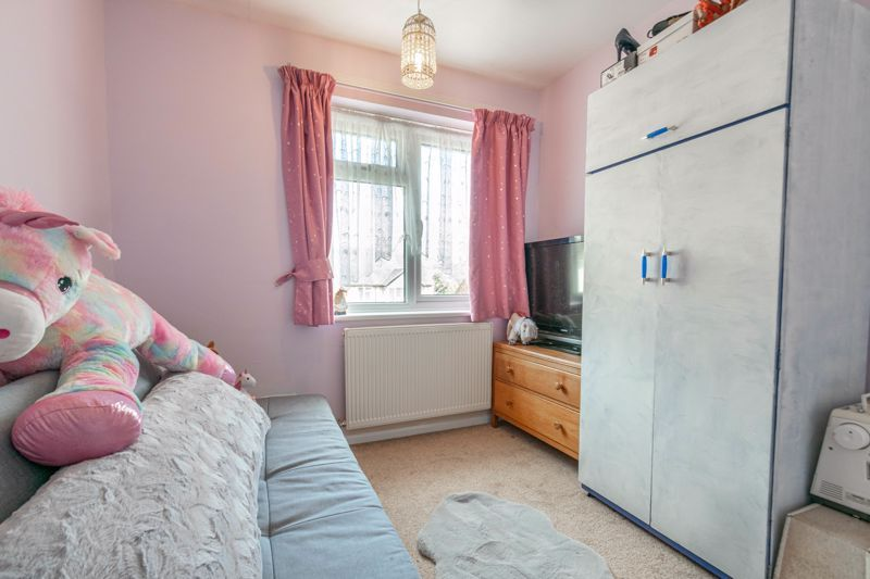 4 bed house for sale in Tennyson Road  - Property Image 10