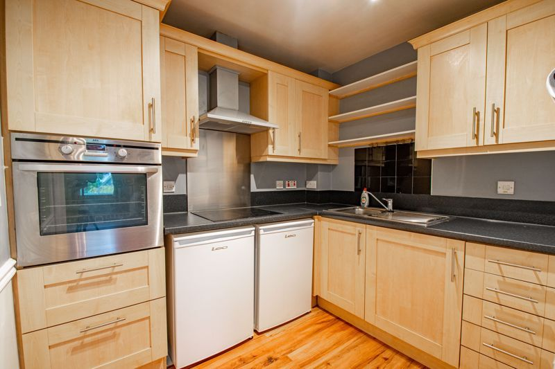 2 bed flat for sale in College Road 6