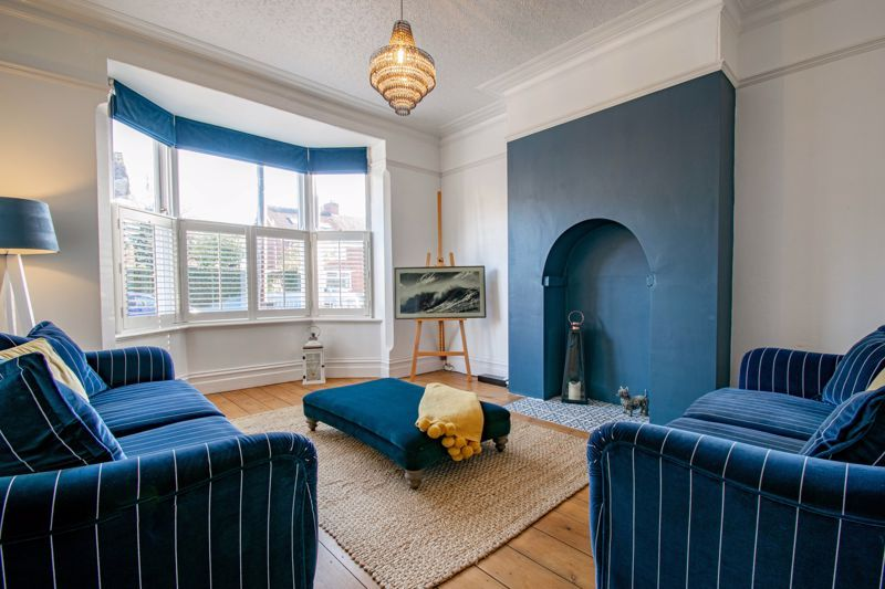 4 bed house for sale in Stourbridge Road  - Property Image 3