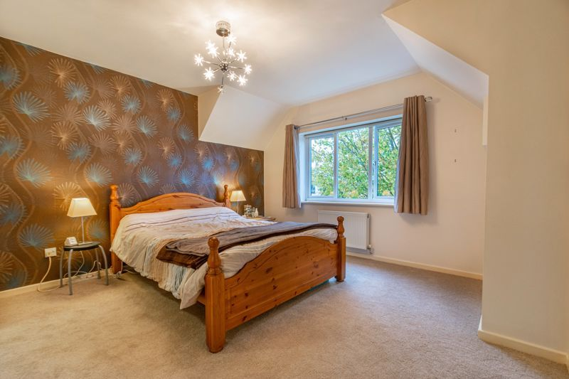 6 bed house for sale in Priest Meadow Close 7