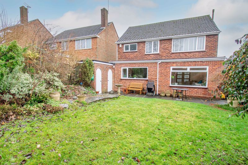 3 bed house for sale in Drew Crescent 14