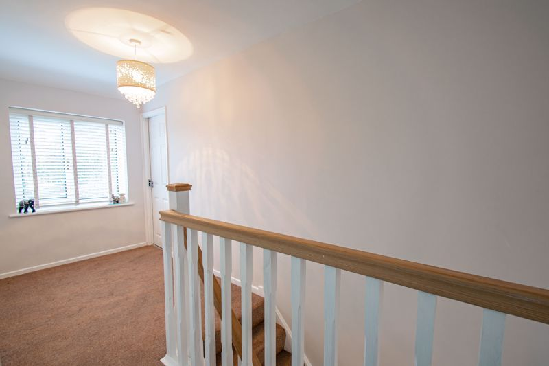 3 bed house for sale in Drew Crescent 16