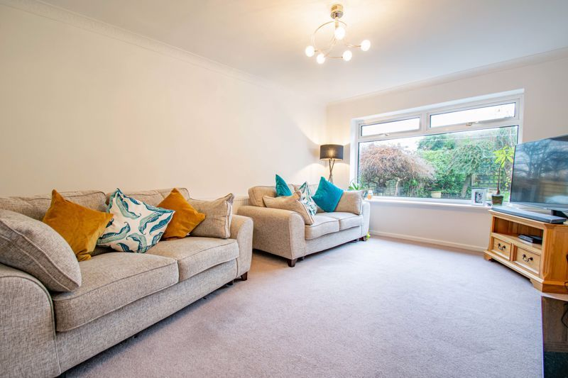 3 bed house for sale in Drew Crescent 5