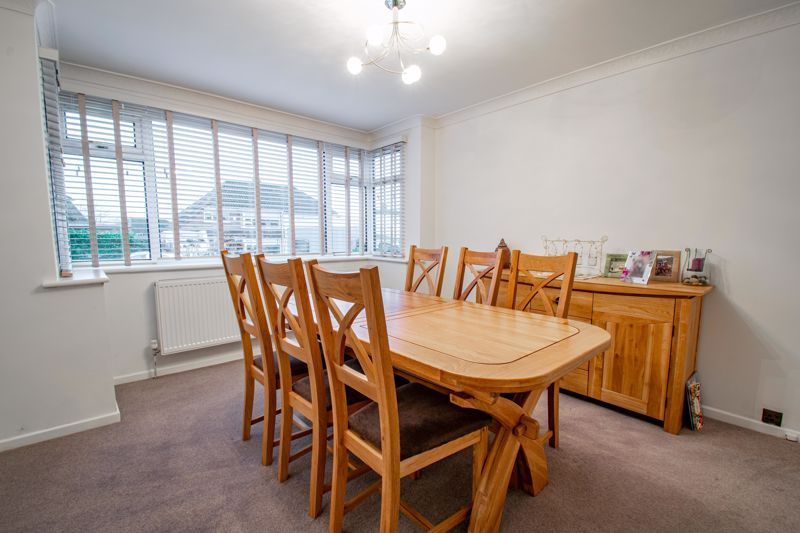 3 bed house for sale in Drew Crescent 6