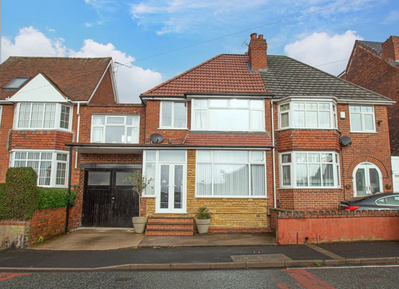 5 bed house for sale in Bell End 1