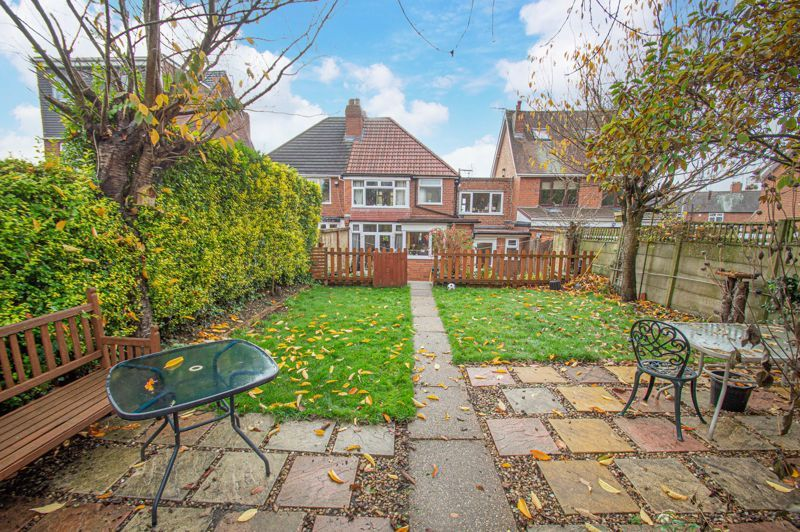 5 bed house for sale in Bell End 12