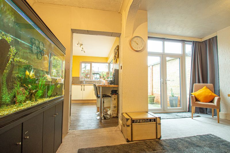 5 bed house for sale in Bell End 14
