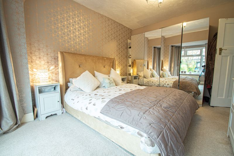 5 bed house for sale in Bell End 15