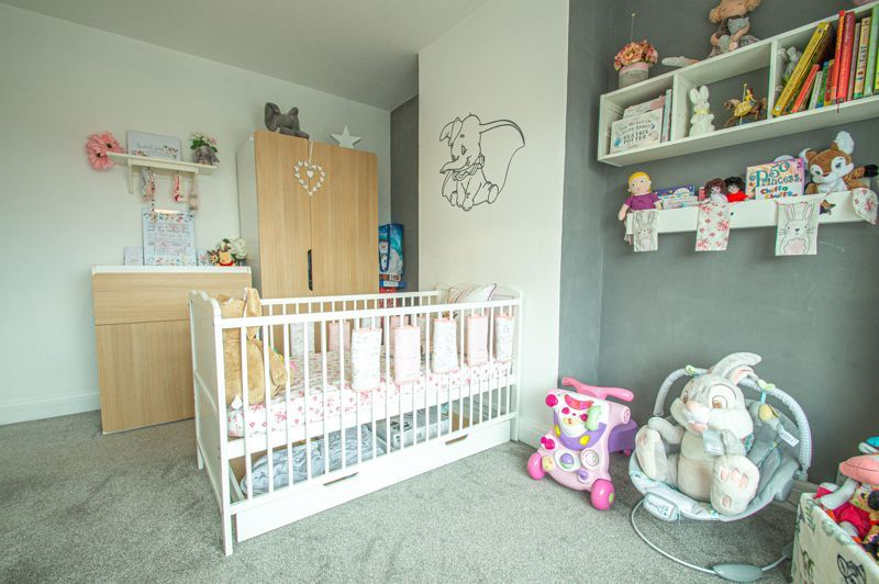 5 bed house for sale in Bell End 16