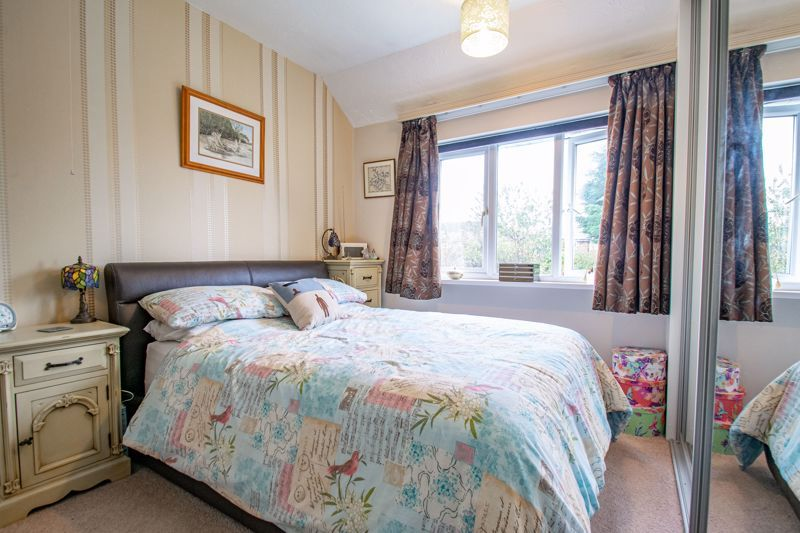 3 bed house for sale in Golden Cross Lane 15