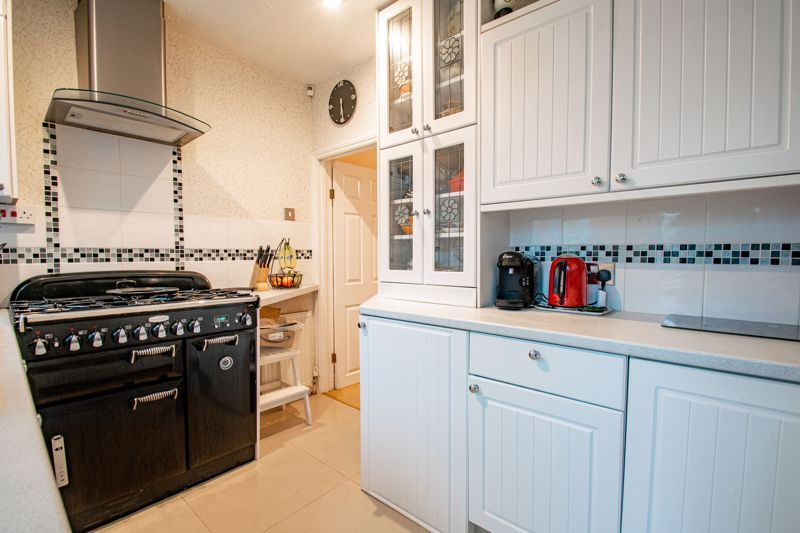 3 bed house for sale in Golden Cross Lane 8