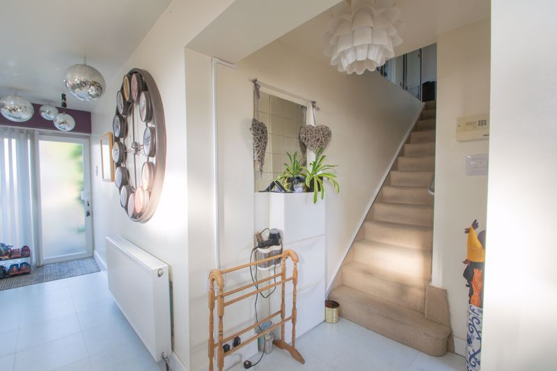 4 bed house for sale in Sandringham Road 2