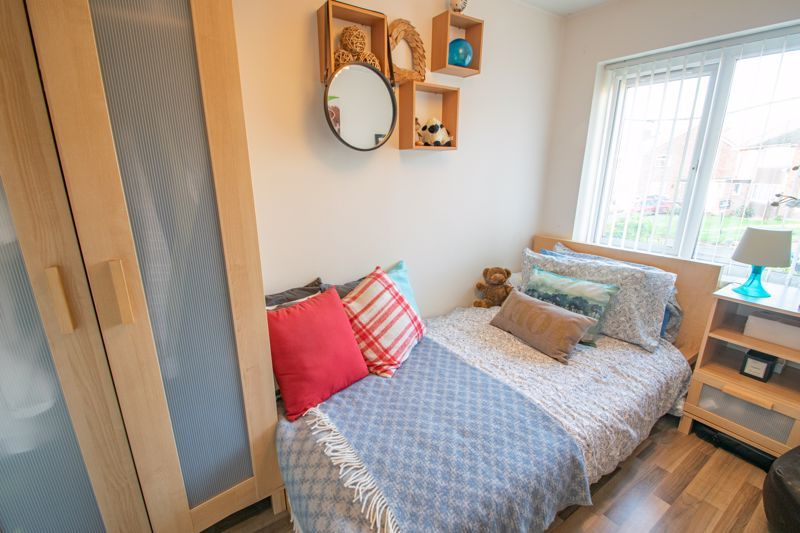 4 bed house for sale in Sandringham Road 11