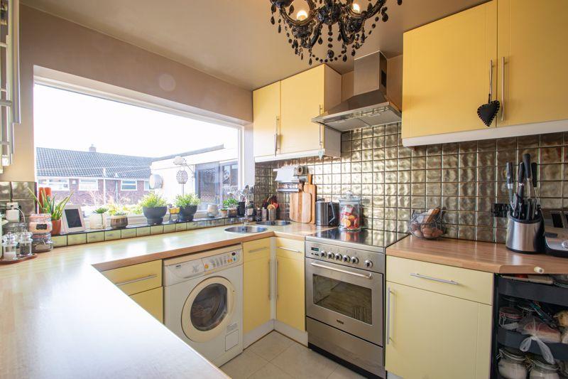 4 bed house for sale in Sandringham Road 15