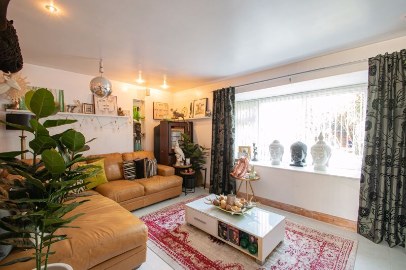 4 bed house for sale in Sandringham Road 6