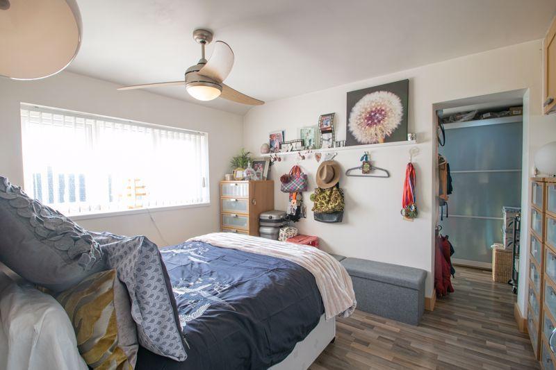 4 bed house for sale in Sandringham Road 8