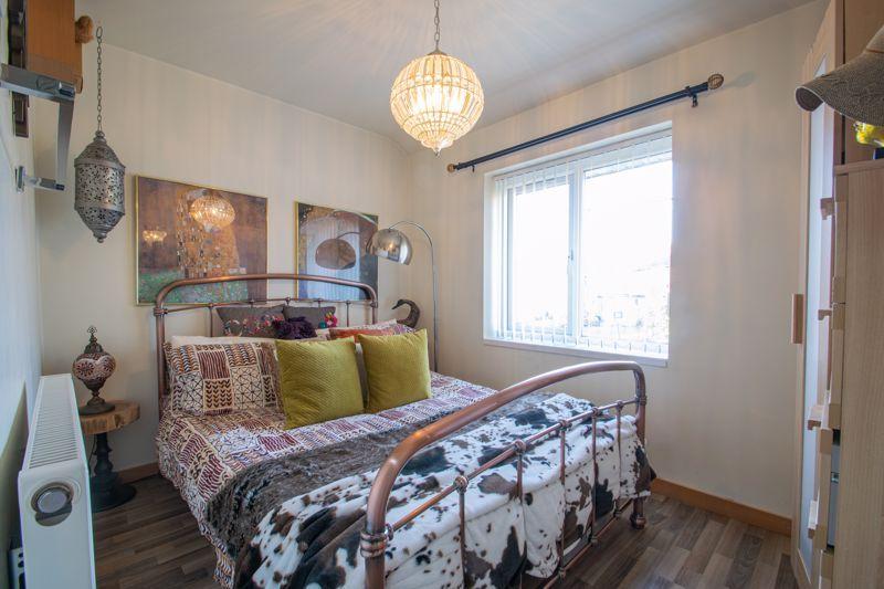 4 bed house for sale in Sandringham Road 10