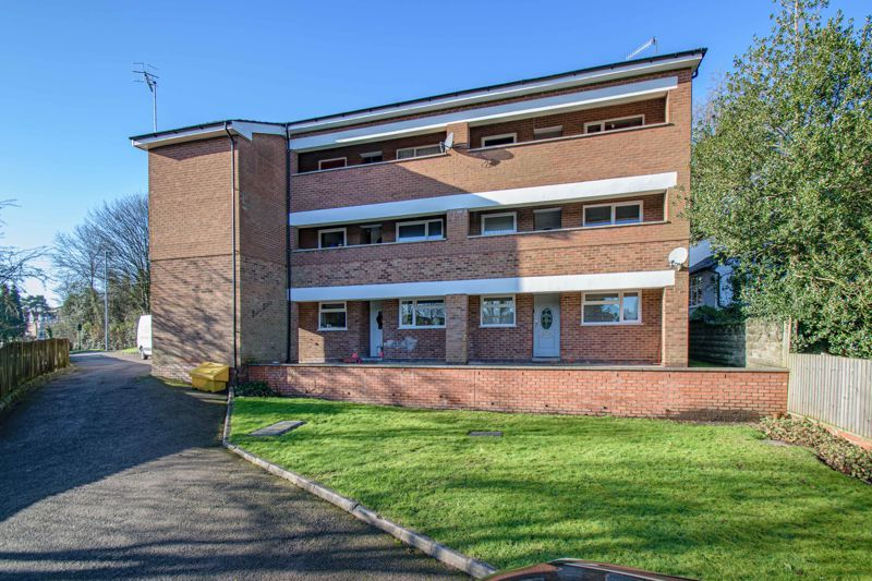 2 bed flat for sale in Stourbridge Road 11