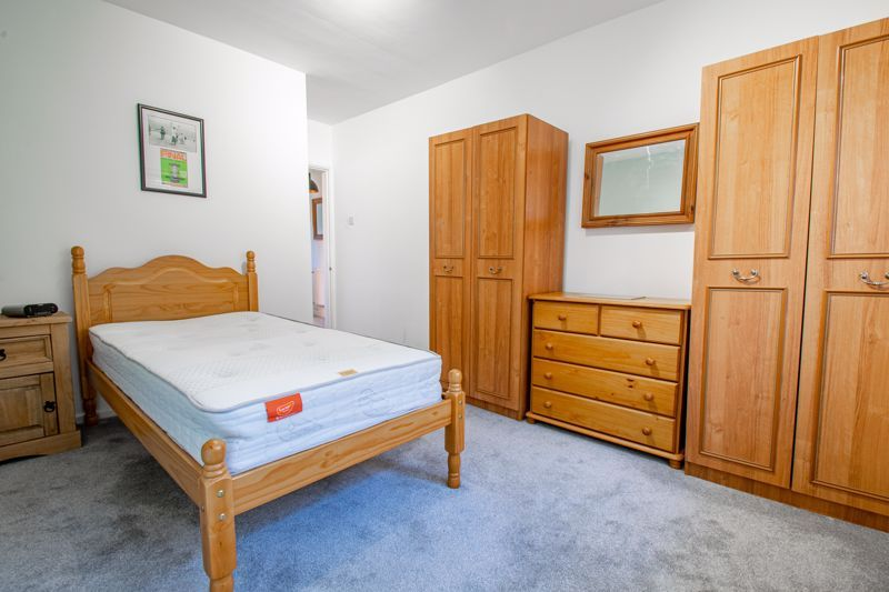 2 bed flat for sale in Stourbridge Road 6