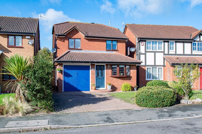 3 bed house for sale in Green Park Road 1