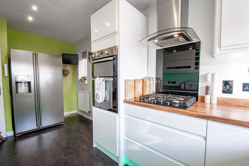 3 bed house for sale in Green Park Road 3