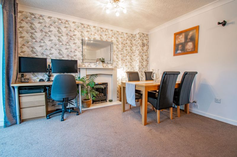 3 bed house for sale in Green Park Road 5
