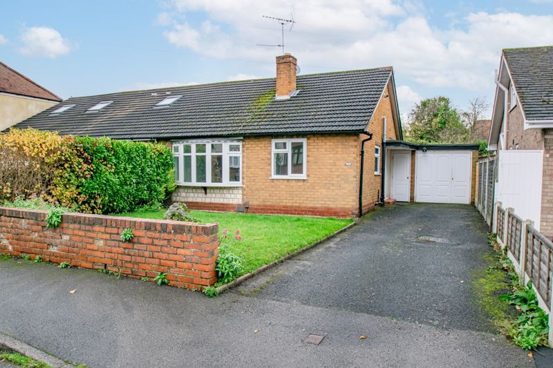2 bed bungalow for sale in Parkfield Road - Property Image 1