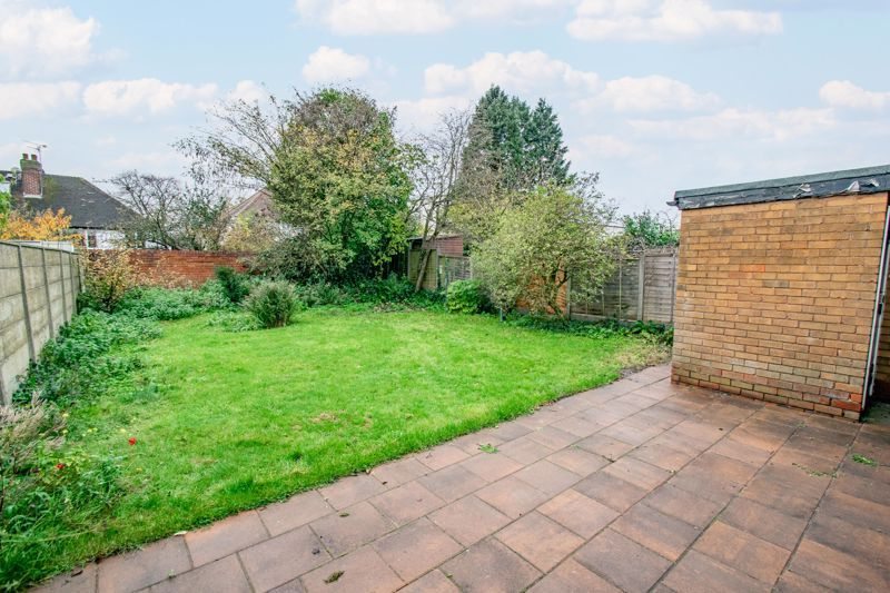 2 bed bungalow for sale in Parkfield Road  - Property Image 3