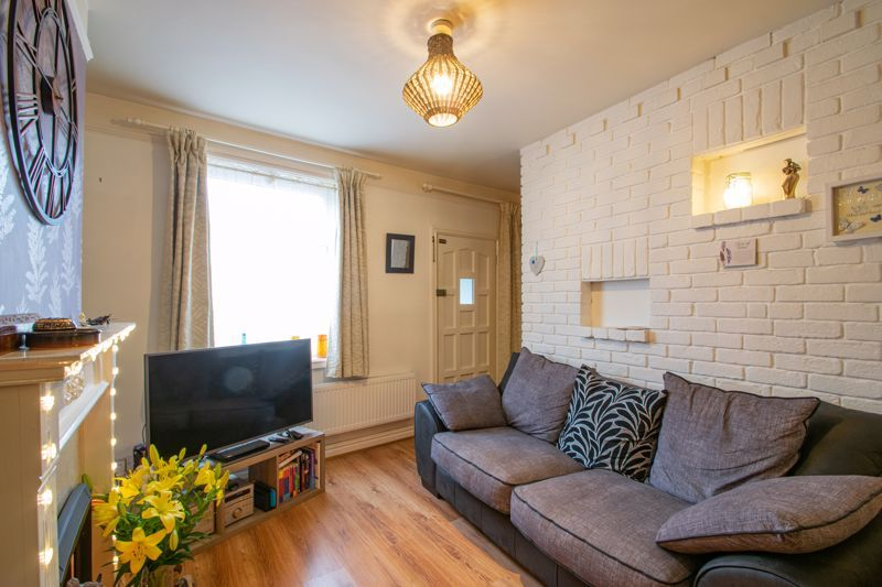 2 bed house for sale in Bridgnorth Road  - Property Image 2