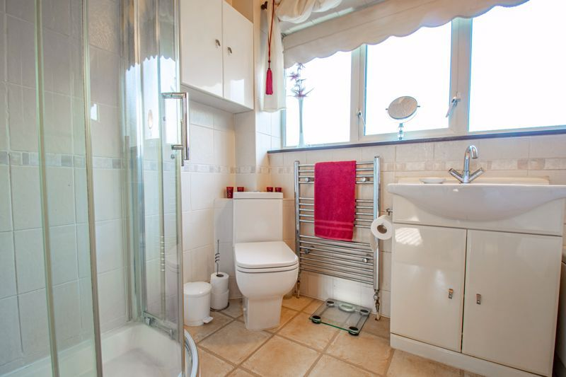 4 bed house for sale in Hopgardens Avenue  - Property Image 12