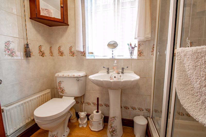 4 bed house for sale in Hopgardens Avenue  - Property Image 17