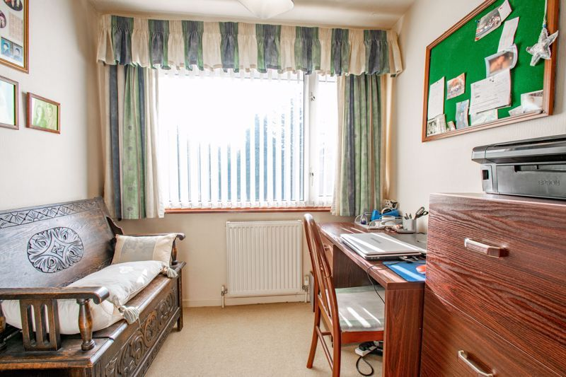 4 bed house for sale in Hopgardens Avenue 10