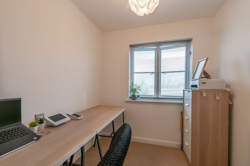 5 bed house for sale in Pulman Close 12