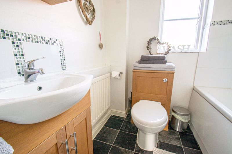 5 bed house for sale in Pulman Close  - Property Image 14