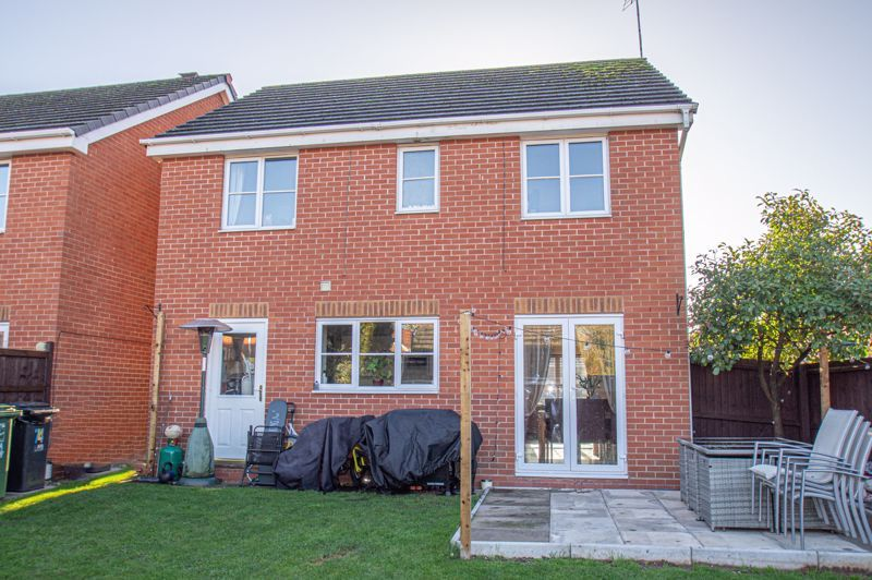 5 bed house for sale in Pulman Close  - Property Image 15