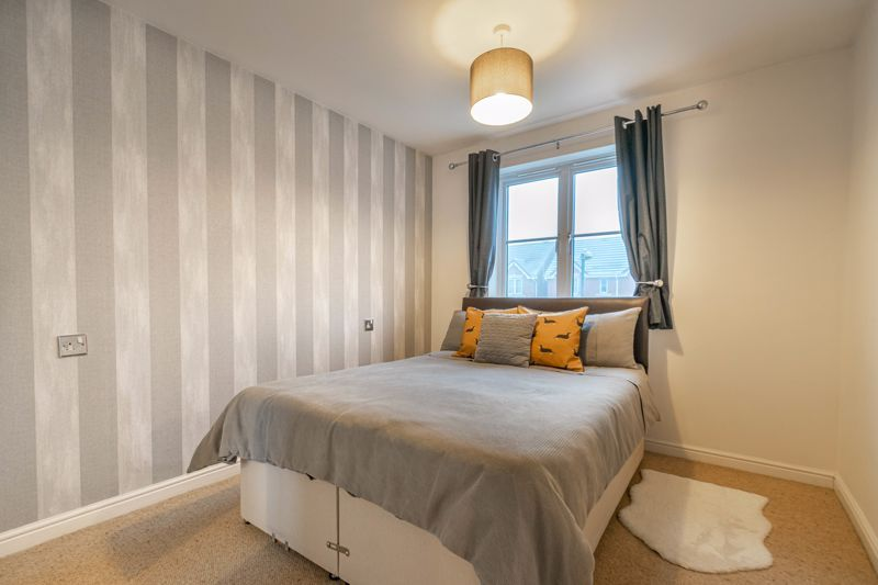 5 bed house for sale in Pulman Close  - Property Image 8