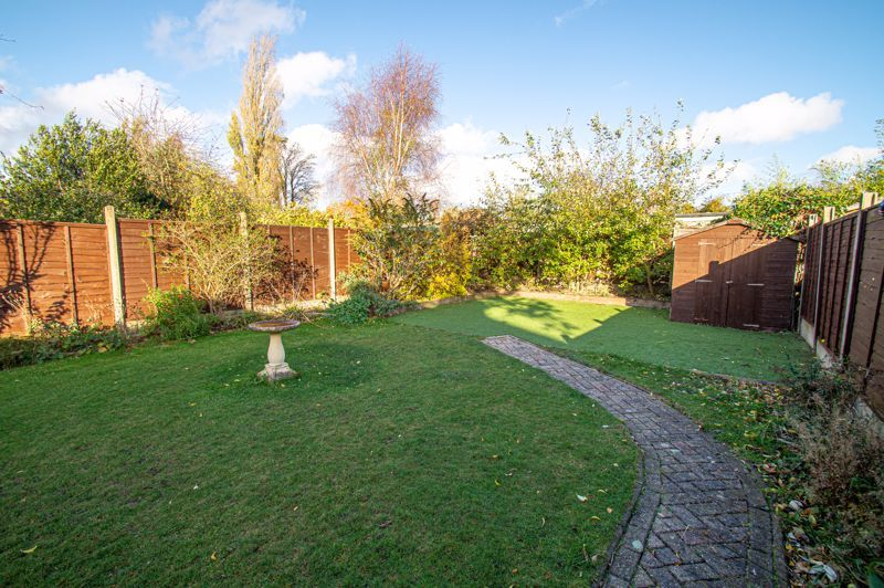 5 bed house for sale in Frankley Avenue  - Property Image 19