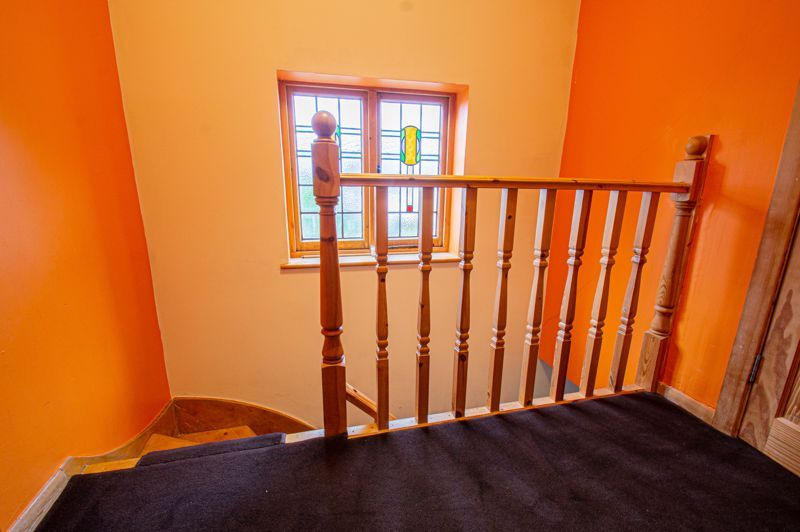 3 bed house for sale in Lyttleton Avenue 10