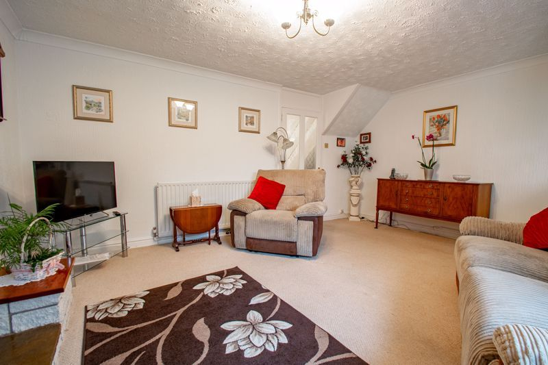 3 bed house for sale in High Street 2
