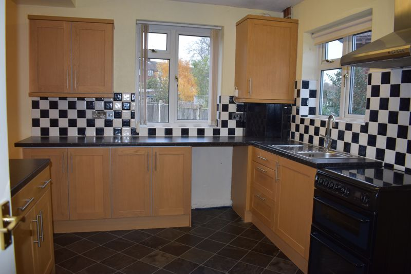 3 bed house to rent in Tree Acre Grove 2