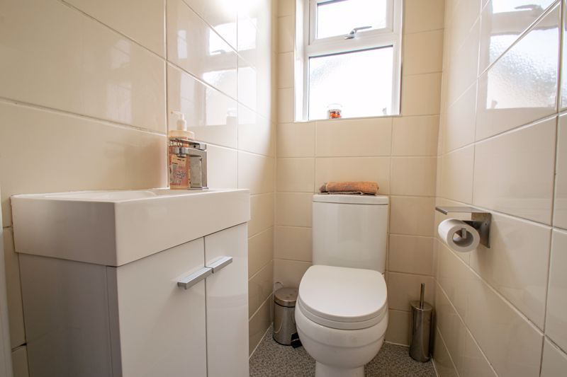 3 bed house for sale in Lincoln Road  - Property Image 10