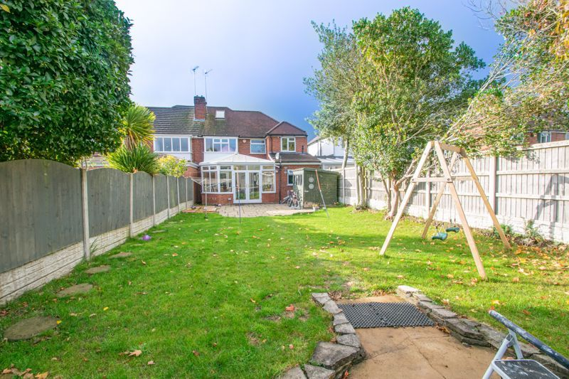 5 bed house for sale in Frankley Avenue  - Property Image 13