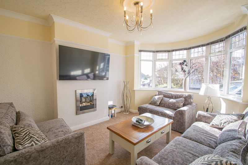 5 bed house for sale in Frankley Avenue  - Property Image 3