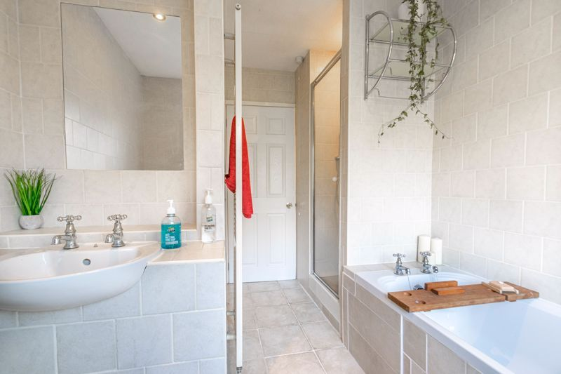 4 bed house for sale in Birmingham Road  - Property Image 10